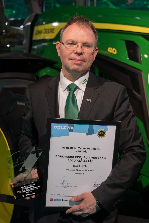 A díjat Balogh Viktor, a KITE Zrt. marketingigazgatója vette át