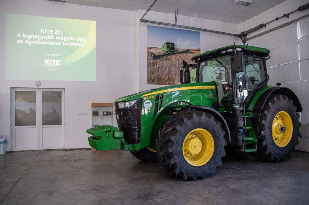 traktor az oktatáson